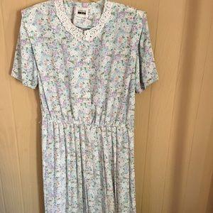 Leslie Fay Spring Dress